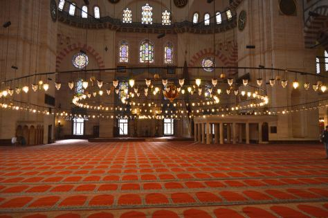 Inside the Suleimaniye Cami
